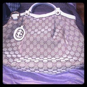 G100 percent authentic Gucci bag